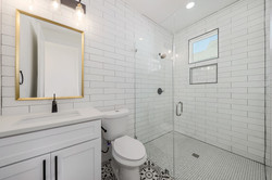 1919 Piedmont Ave Unit 2 022-SMALL.JPG
