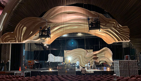 2019 OSCARS Set Build Arch 02.jpg