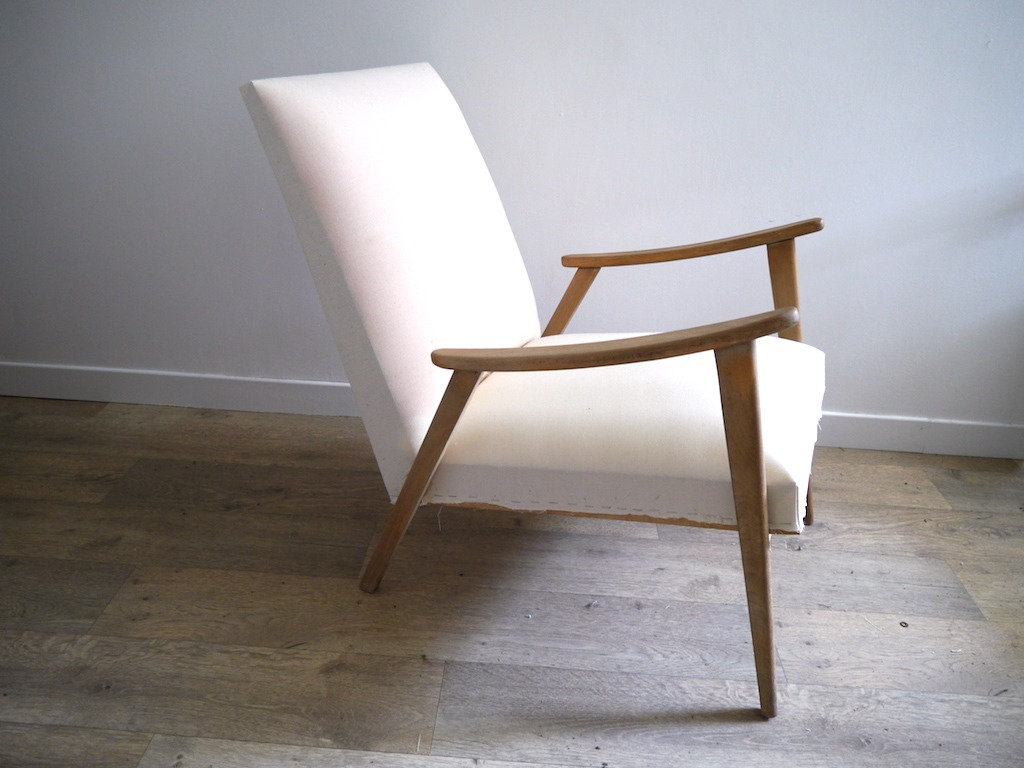 Retapisser Un Fauteuil Prix fauteuil scandinave rétro