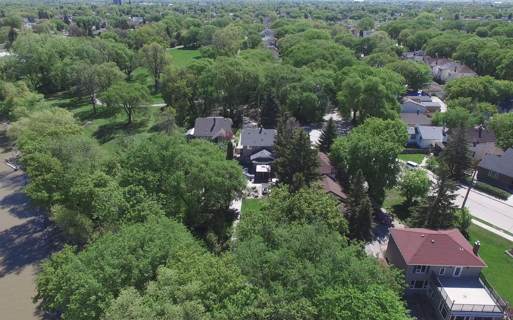 Aerial View - 334 Glenwood