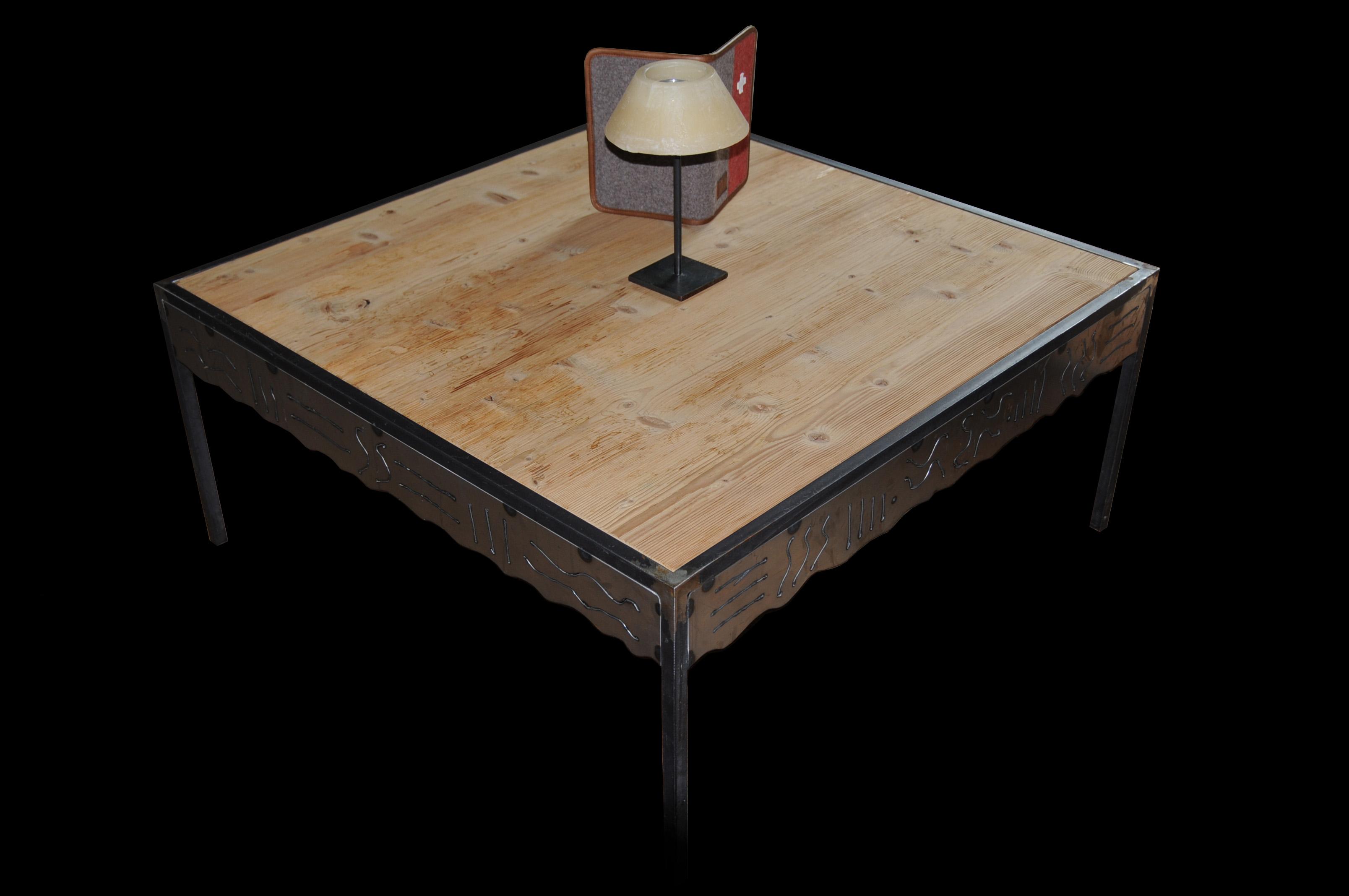 Salon Tisch