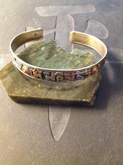 Mani Cuff Bracelet