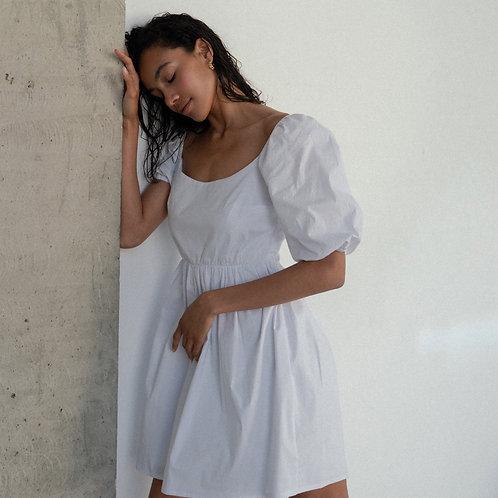 Платье из хлопка в белом цвете