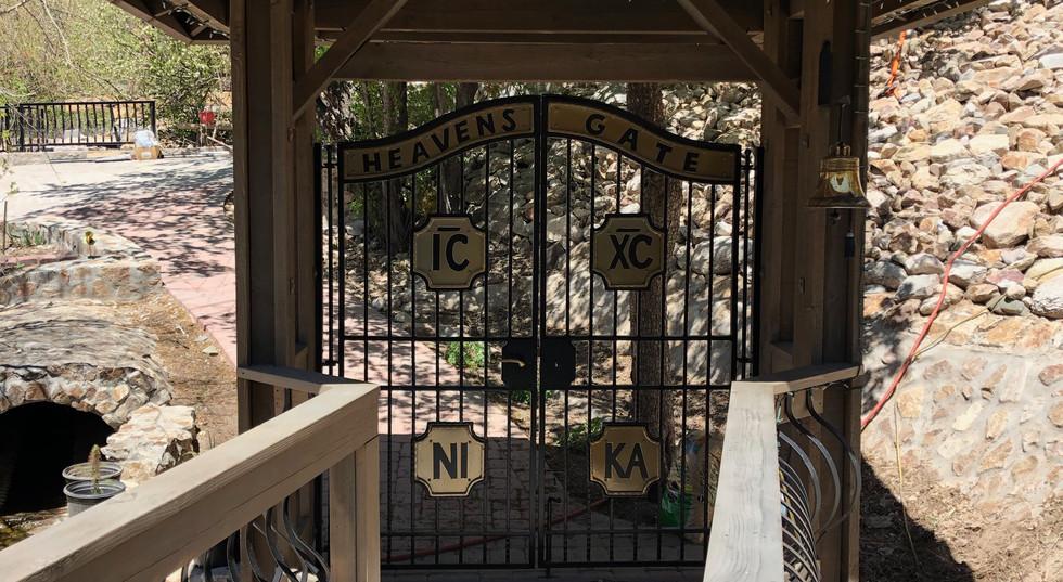 Heavan's Gate