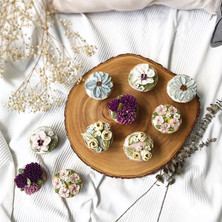 Myth_ Cupcakes are easier to decorate. _