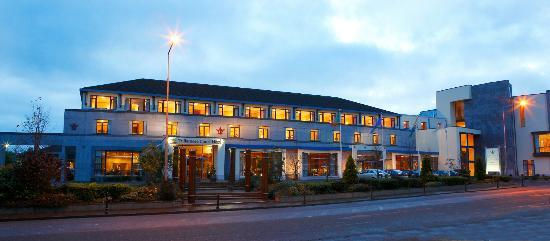 Tullamore Court Hotel Music Listings