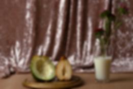 מטבח מקומי- פרחים בחלב-עובדת צילום אתי א