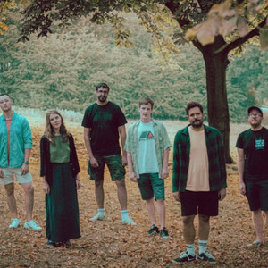 """UK Indie Rock Outfit LAKES  Debuts New """"Pine Barrens"""" Music Video"""