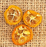 Dehydrated kumquats for cocktails