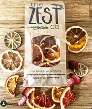 Dehydrated fruit for cocktails