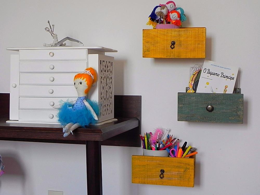 upcycling - gavetas prateleiras- decoração quarto de criança