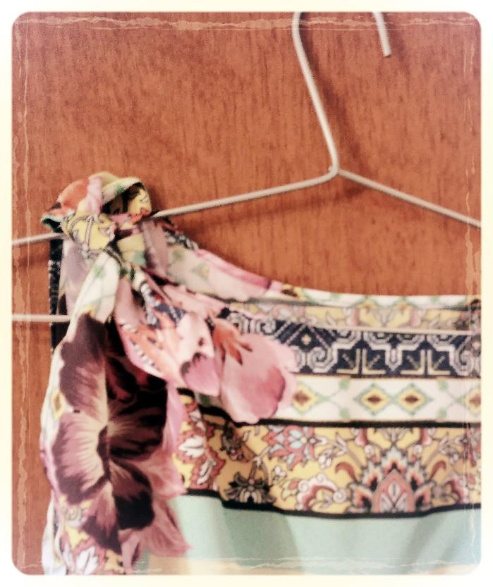 detalhe amarração Blusas lenço Frida -  mãe e filha Moda