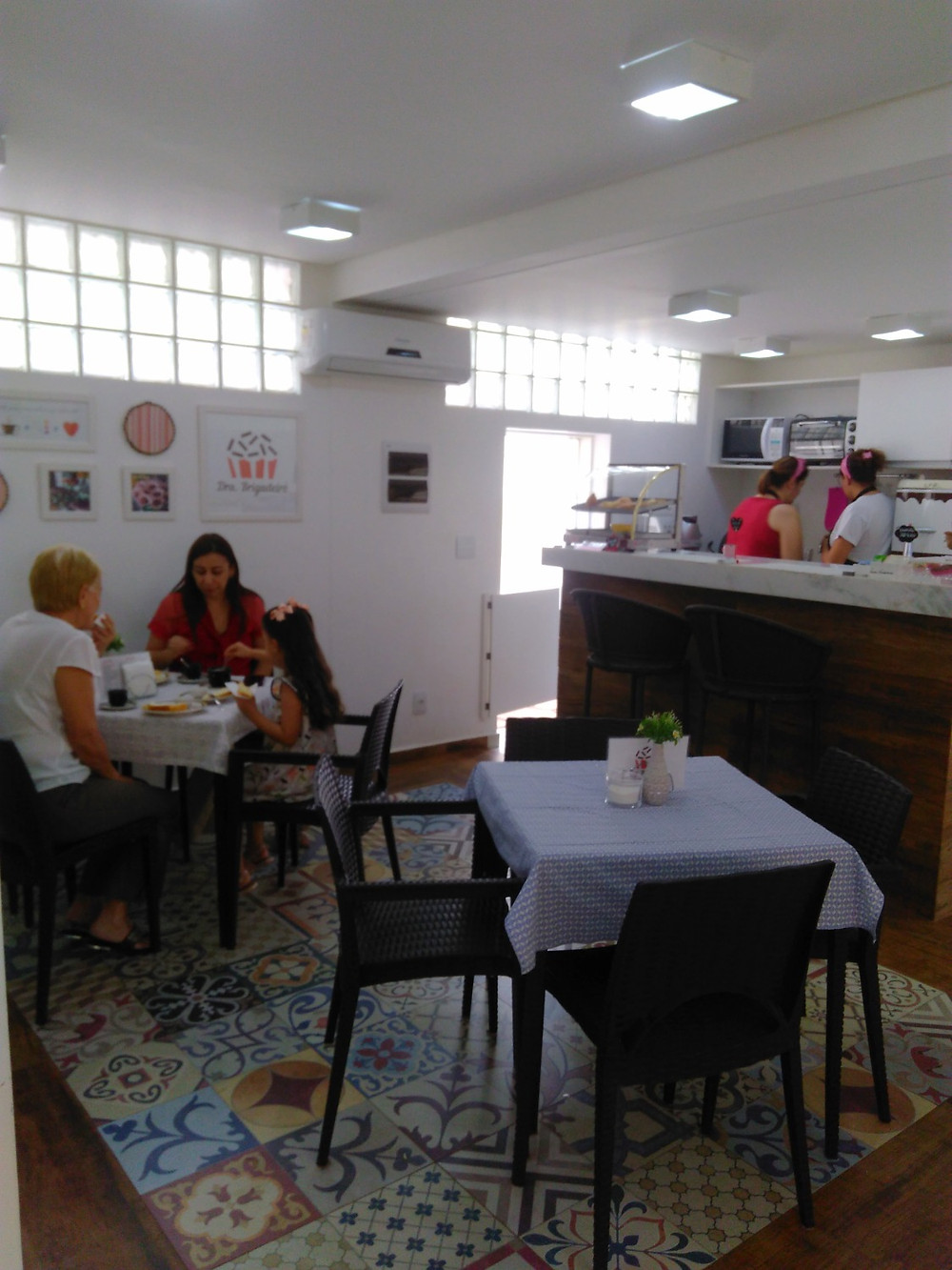 Dra. Brigadeiro & Café