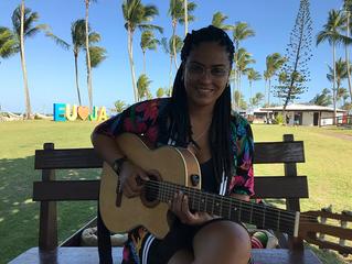 Resort Jardim Atlântico encanta com Laís Marques, vencedora do FENAC