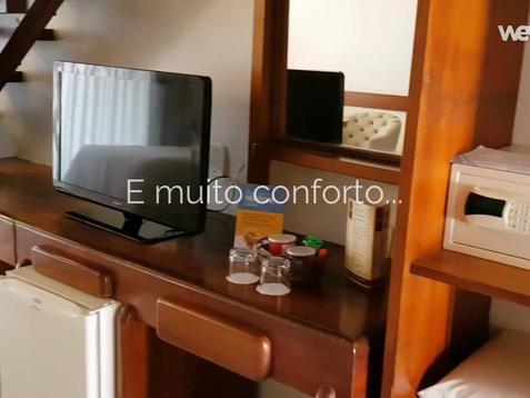 V lux room.mp4
