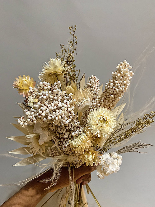 OLIVEE Forever Ever | Dried Floral Bouquets