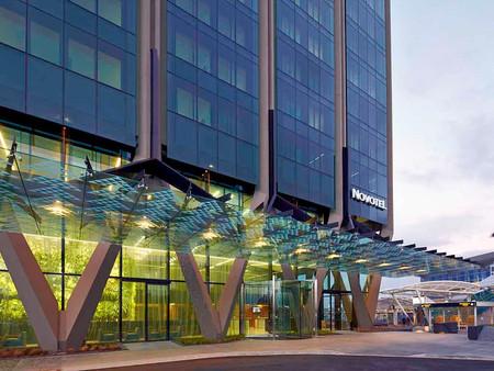 오클랜드 공항 노보텔, 격리된 채 폐쇄...추가 감염자 발생