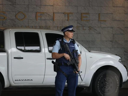 오클랜드 소피텔 호텔...총격 사건 범인 체포