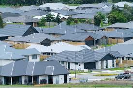 공급량의 부족과 수요의 증대로 전국적인 주택 가격상승