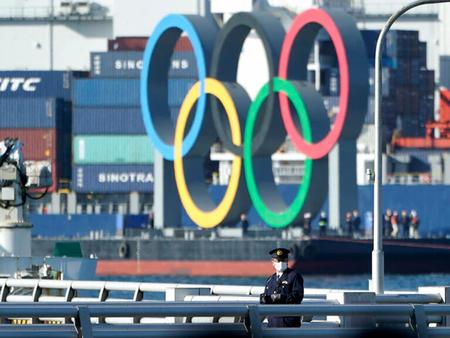 """도쿄 올림픽, 해외관중 없이 치른다…IOC회의 중 """"규모 7.0의 지진"""""""