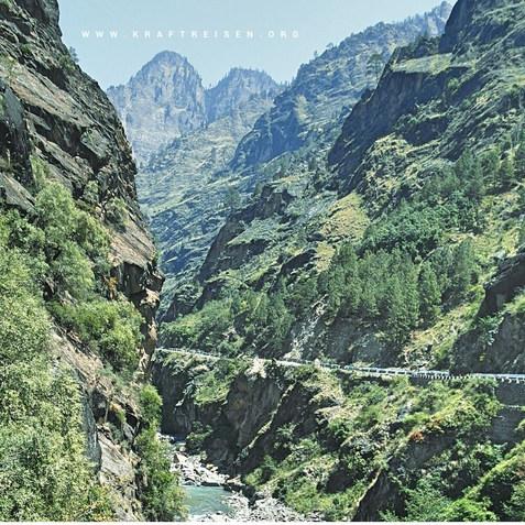 Auf dem Weg nach Badrinath