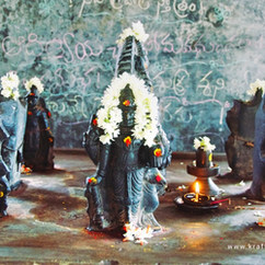 Aymukteshwar Tempel, 9 Planten, Penukonda, A.P., Indien