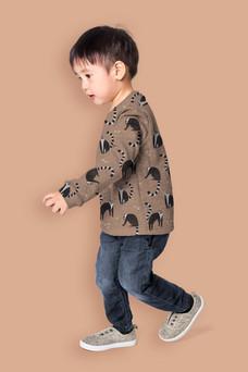 KB1081_Sell Sheet_Lemur Print - MOCKUP - kids jumper.jpg