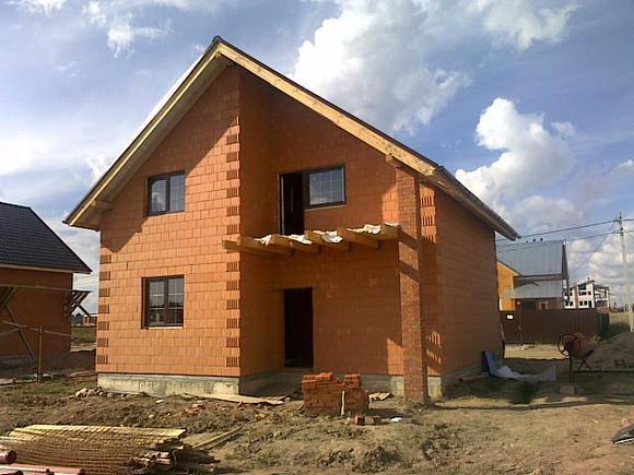 дом из поризованного кирпича