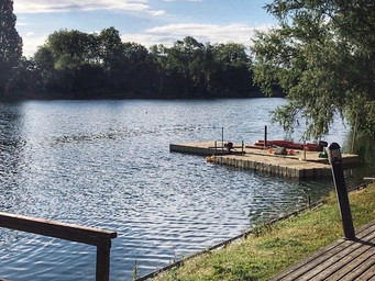 Wetsuits & kit for new open water swimmers at Denham