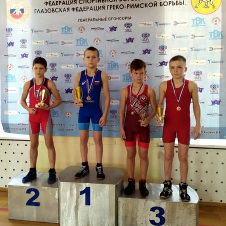 Пять медалей в межрегиональном турнире!