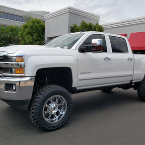 2018 Chevy 2500 White