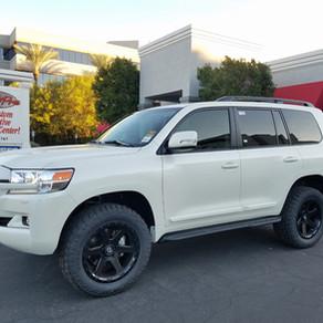 2018 Toyota Land Cruiser White