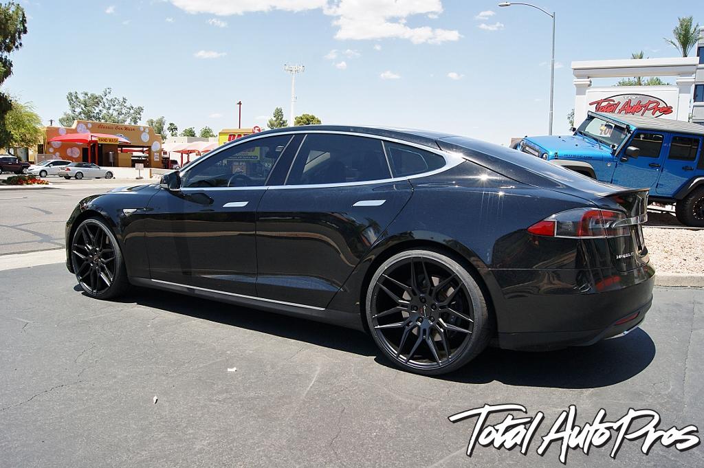 2013 Tesla Model S Model S Black (6)
