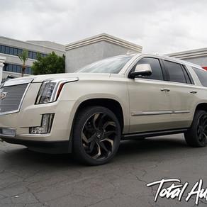 2016 Cadillac Escalade Silver Coast Metallic