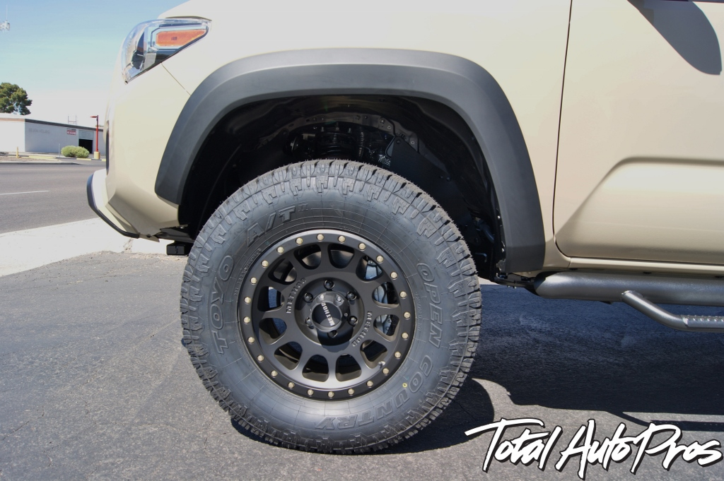 2016 Toyota Tacoma Quicksand Method Wheels Toyo Tires (12)