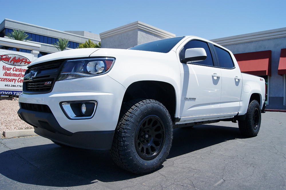 2016 Chevrolet Colorado White