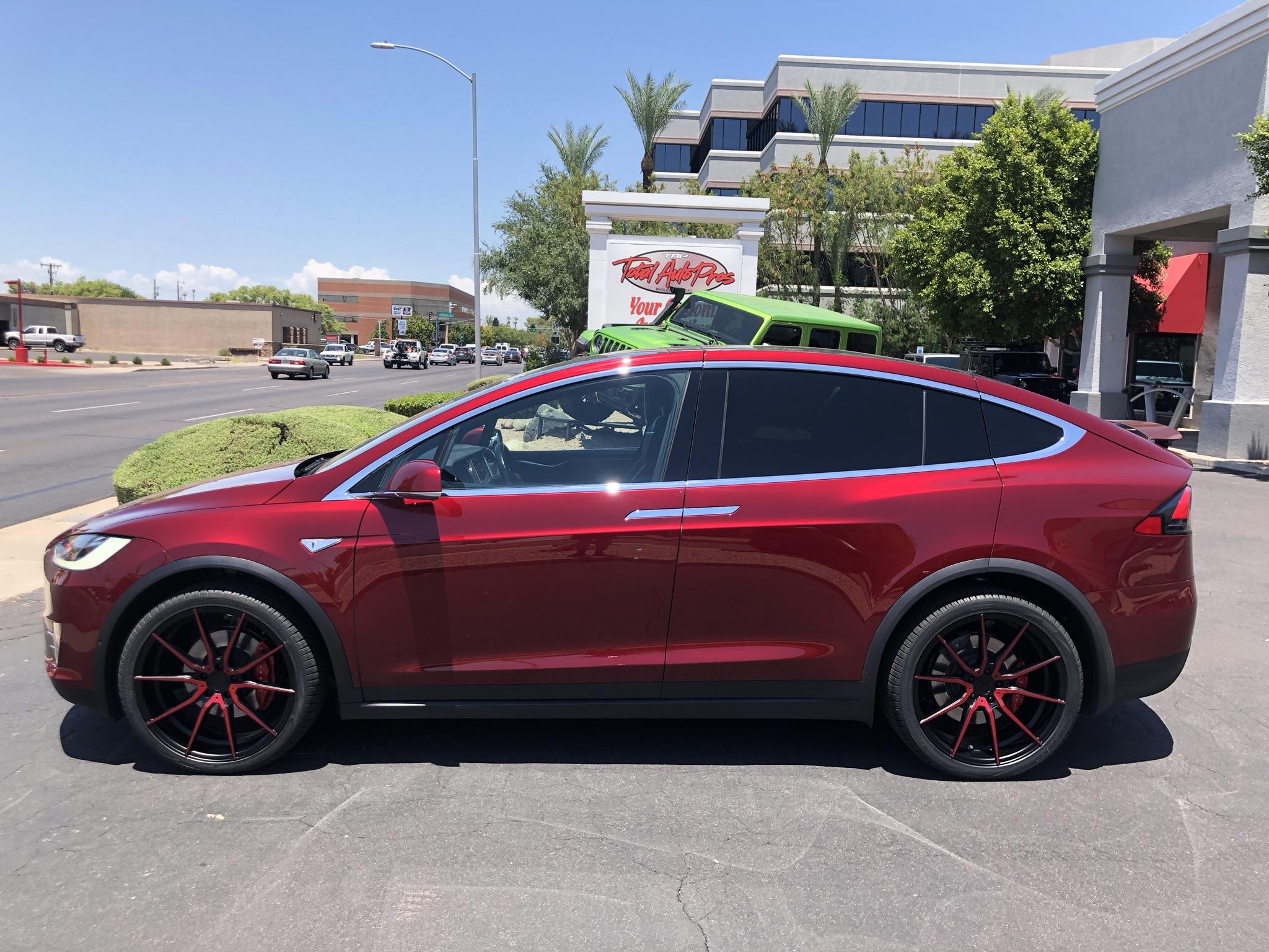 Red Tesla Model X (1)