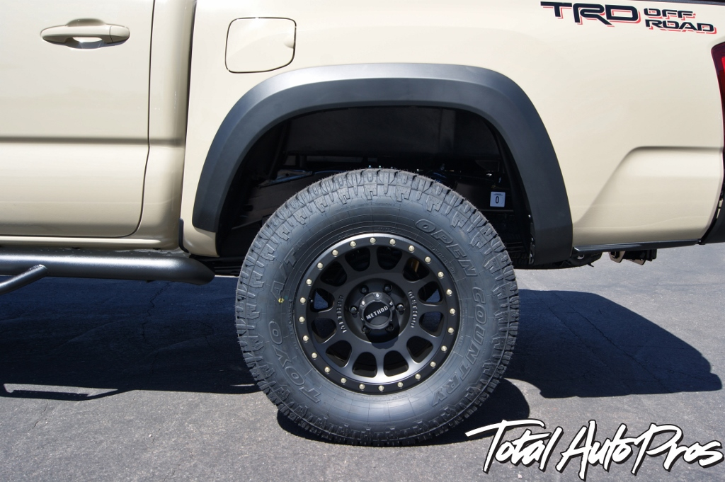 2016 Toyota Tacoma Quicksand Method Wheels Toyo Tires (7)