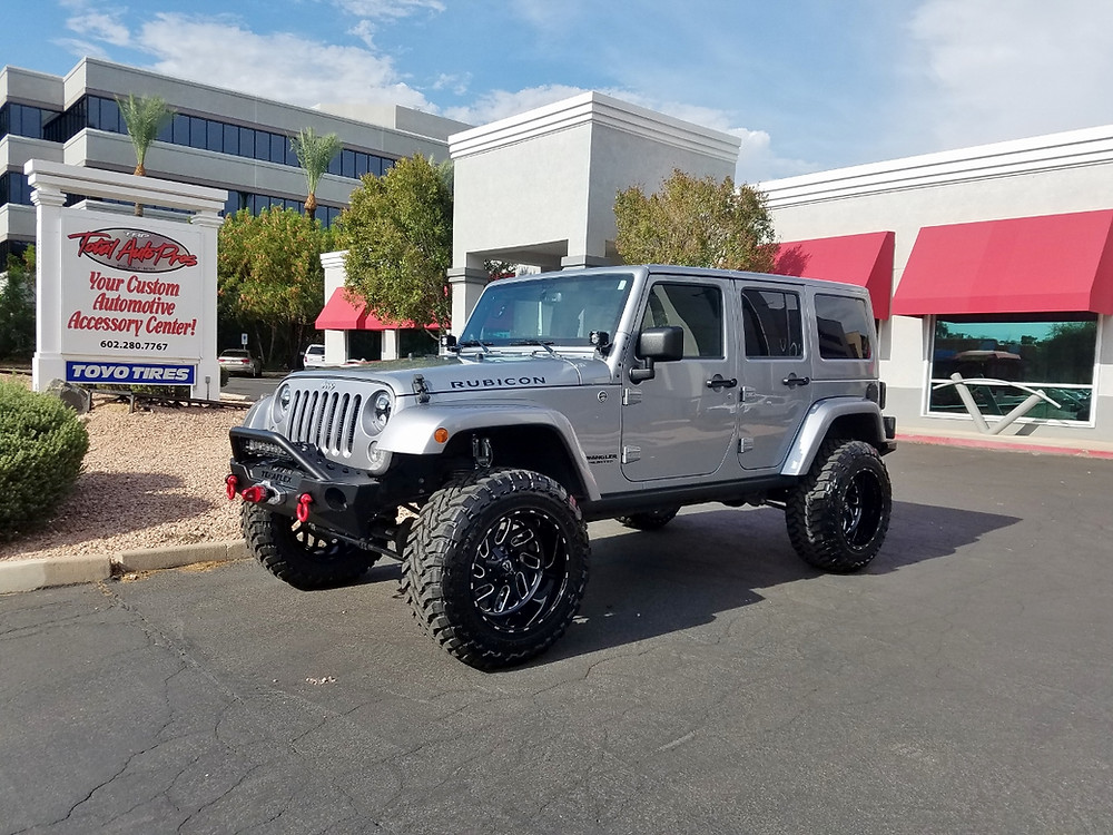 2014 Jeep Wrangler Rubicon Silver