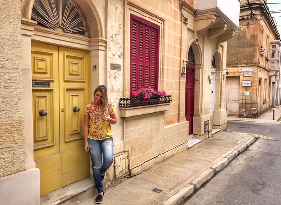 Desbravando Malta - Sliema e o lar dos gatinhos