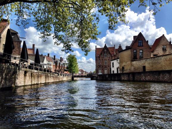 Diário de Bordo: Bruges, uma cidadezinha de conto de fadas