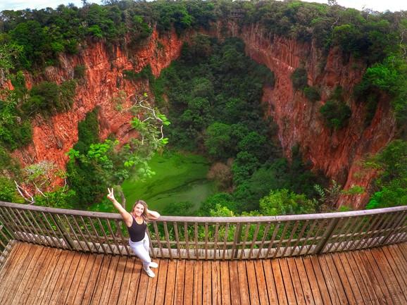 Dos lugares incríveis que vi... Conheça o Buraco das Araras, em Jardim/MS