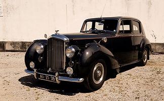 Bentley%20R-Type%2001_edited.jpg