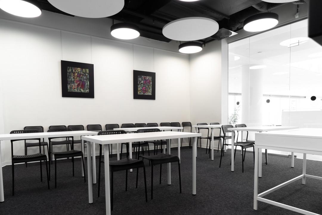 Конференц-комната в коворкинге Ельцин Центра