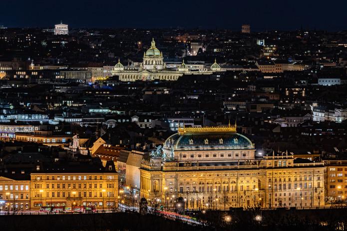 Praha Noční foto - Národní divadlo