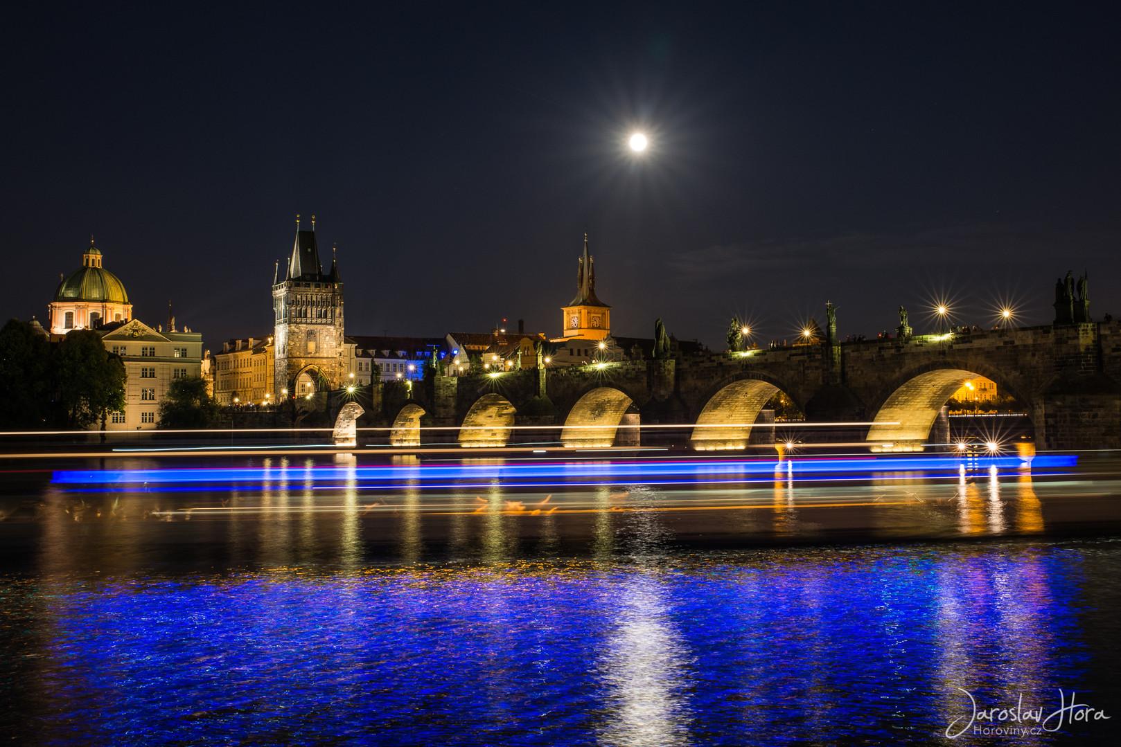 Praha Noční fotokurz - Modrá