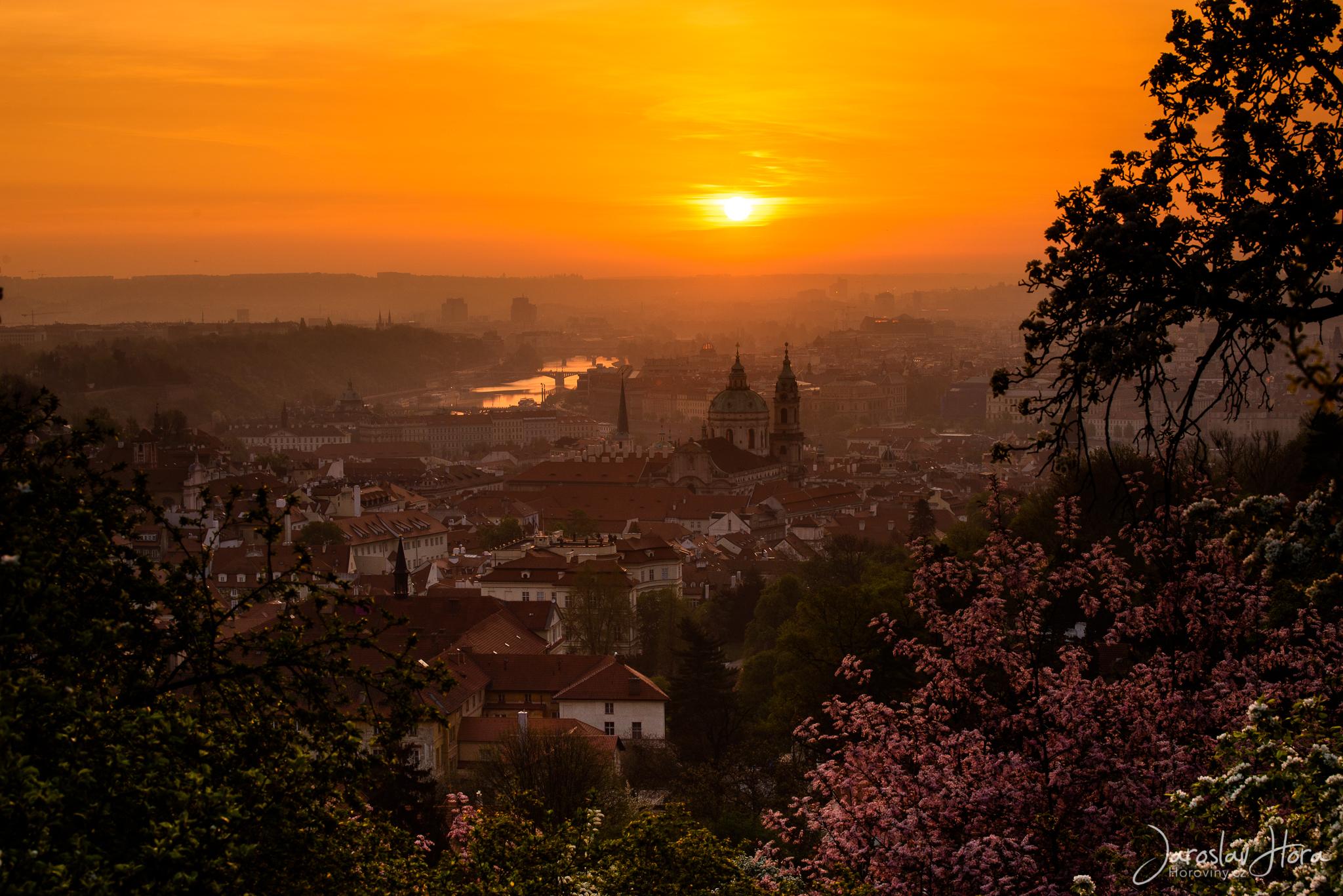 Svítání od Strahovského kláštera