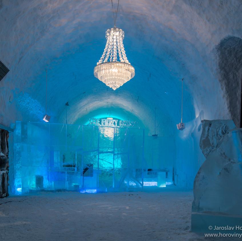 Stavba Ice hotelu