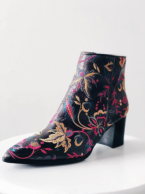 EMBROIDERED LEATHER BOOT