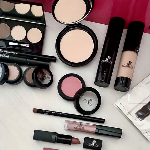 Total Cosmetic Package Light Naked & Neutral